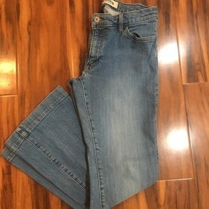 Gap Long and Lean Flare Leg Jean size 8A